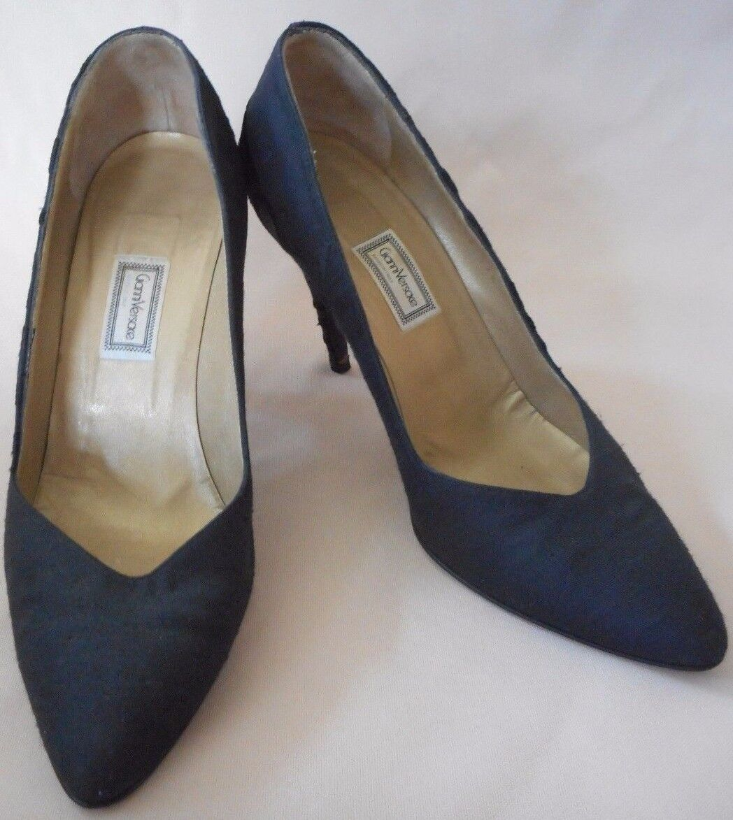 Vintage Gianni Versace Monogram Classic Pumps shoes Size 37 1 2