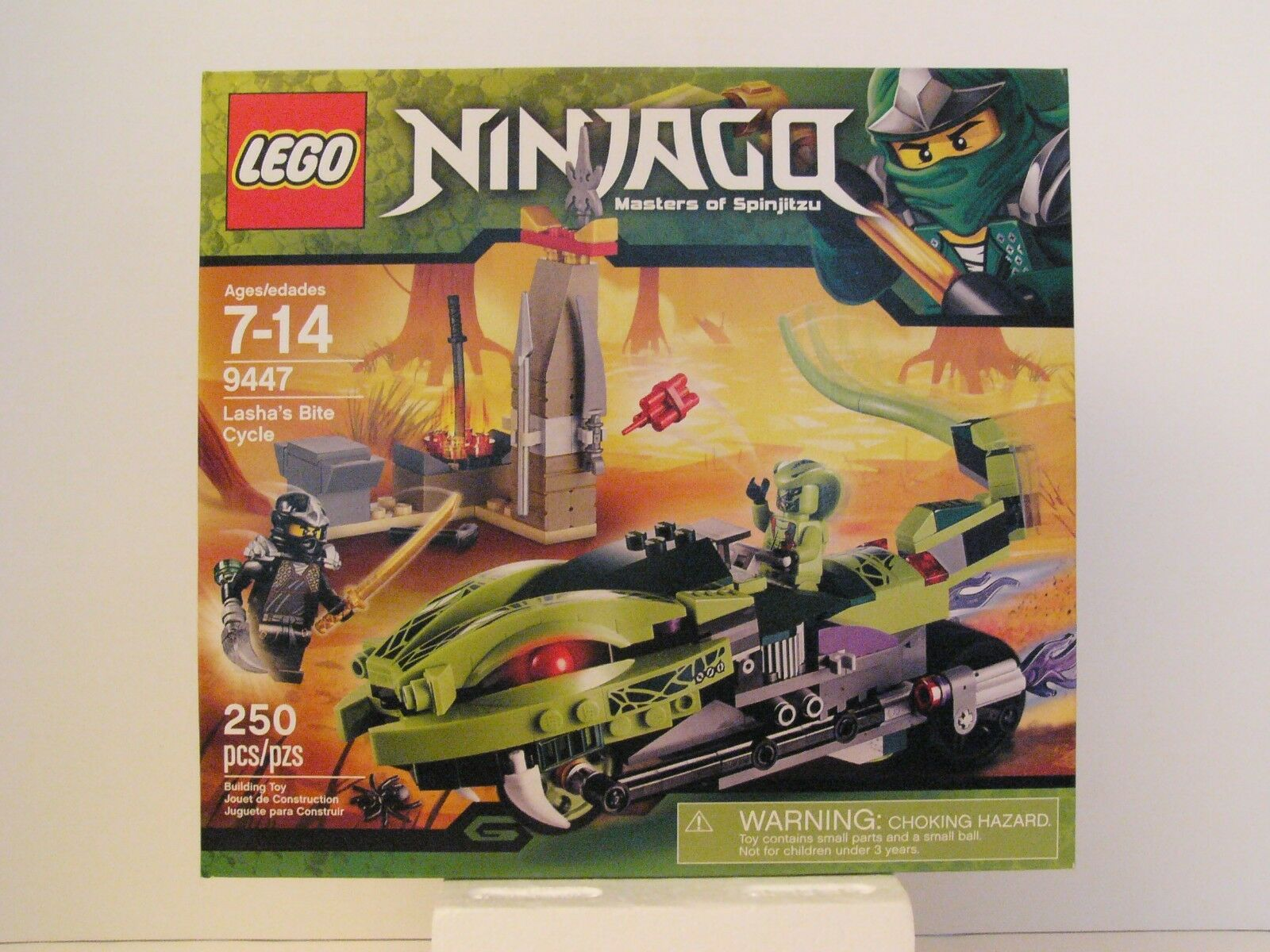 LEGO Ninjago 9447 Lasha's Bite Cycle, Nuovo and Factory Sealed