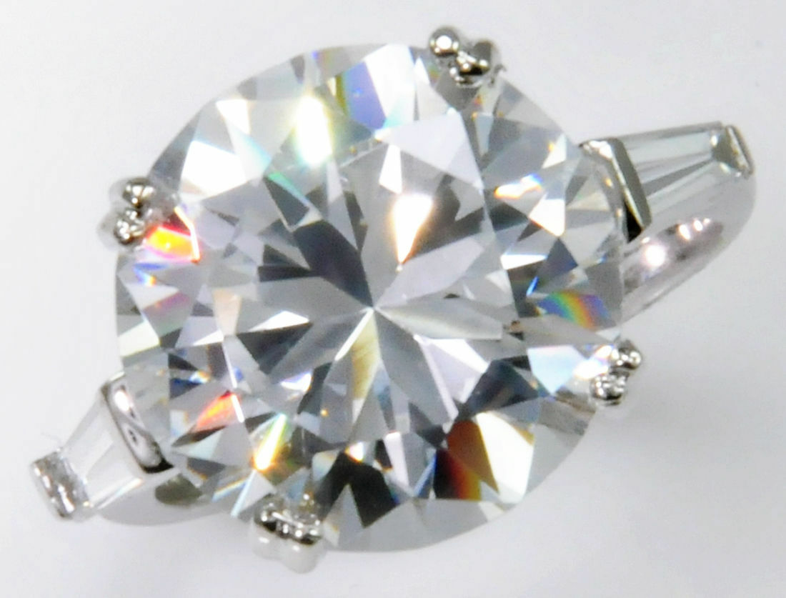 10 ct Extra Brilliant Top Russian Quality CZ Moissanite Simulant Size 6