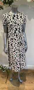 Wednesday's Girl Smock Dress Size 8 12 18 22 Midi Black Daisy Floral Print GY84