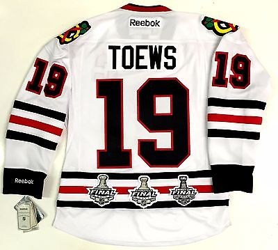reputable site b9c21 9b8eb JONATHAN TOEWS CHICAGO BLACKHAWKS 3X STANLEY CUP CHAMPIONS PATCHES AWAY  JERSEY | eBay