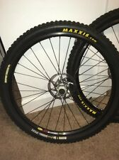 NEW! Mavic 317 26 Inch Disc Wheelset DEORE LX HUBS Maxxis Minion All New
