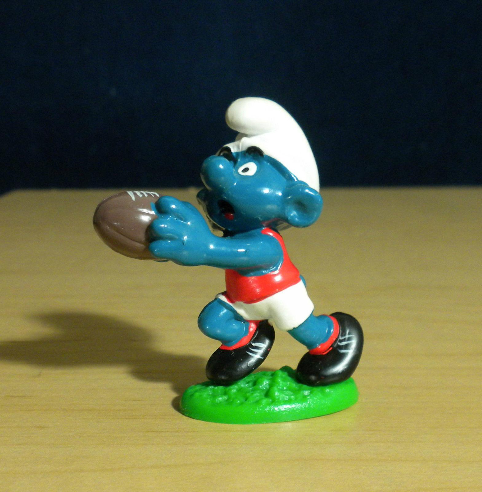 Smurfs 20150 Australian Football Smurf Vintage Figure PVC Toy 1980 Peyo Schlumpf