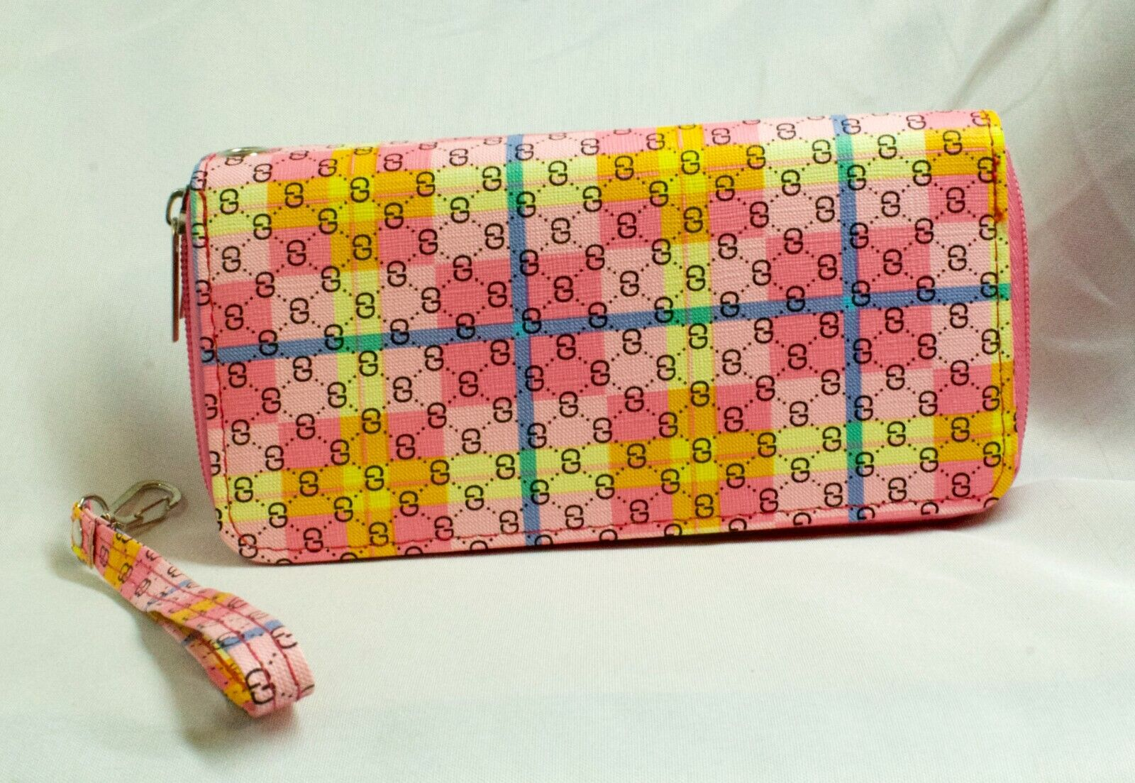 Ladies Wallet 2 zip closure divided sides, Plaid pattern Checked Pink w/ yellow