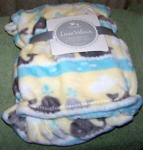 "Adirondack Baby WHALE Baby Blanket 30"" x 40"" New"