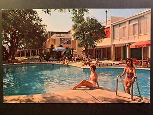 Postcard-Jekyll-Island-GA-Buccaneer-Motor-Lodge-Swimming-Pool