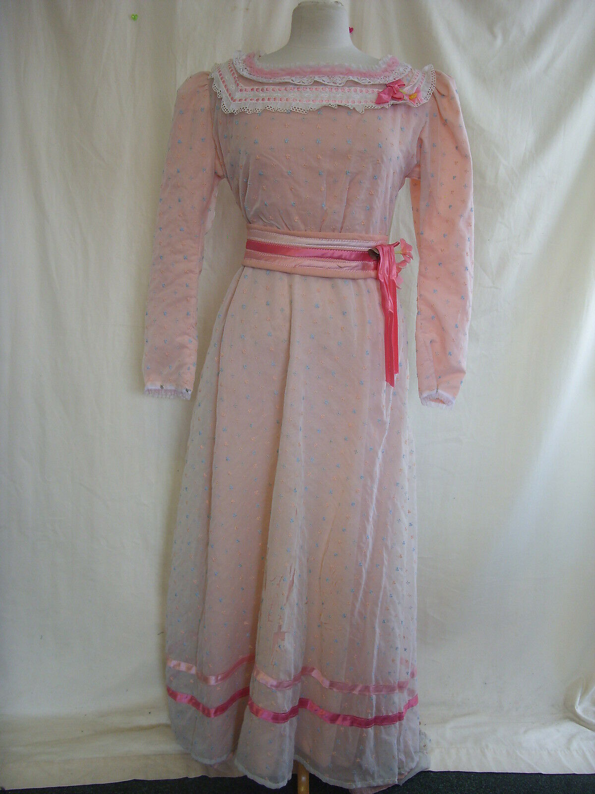 Womens Fancy Dress Outfit - 36