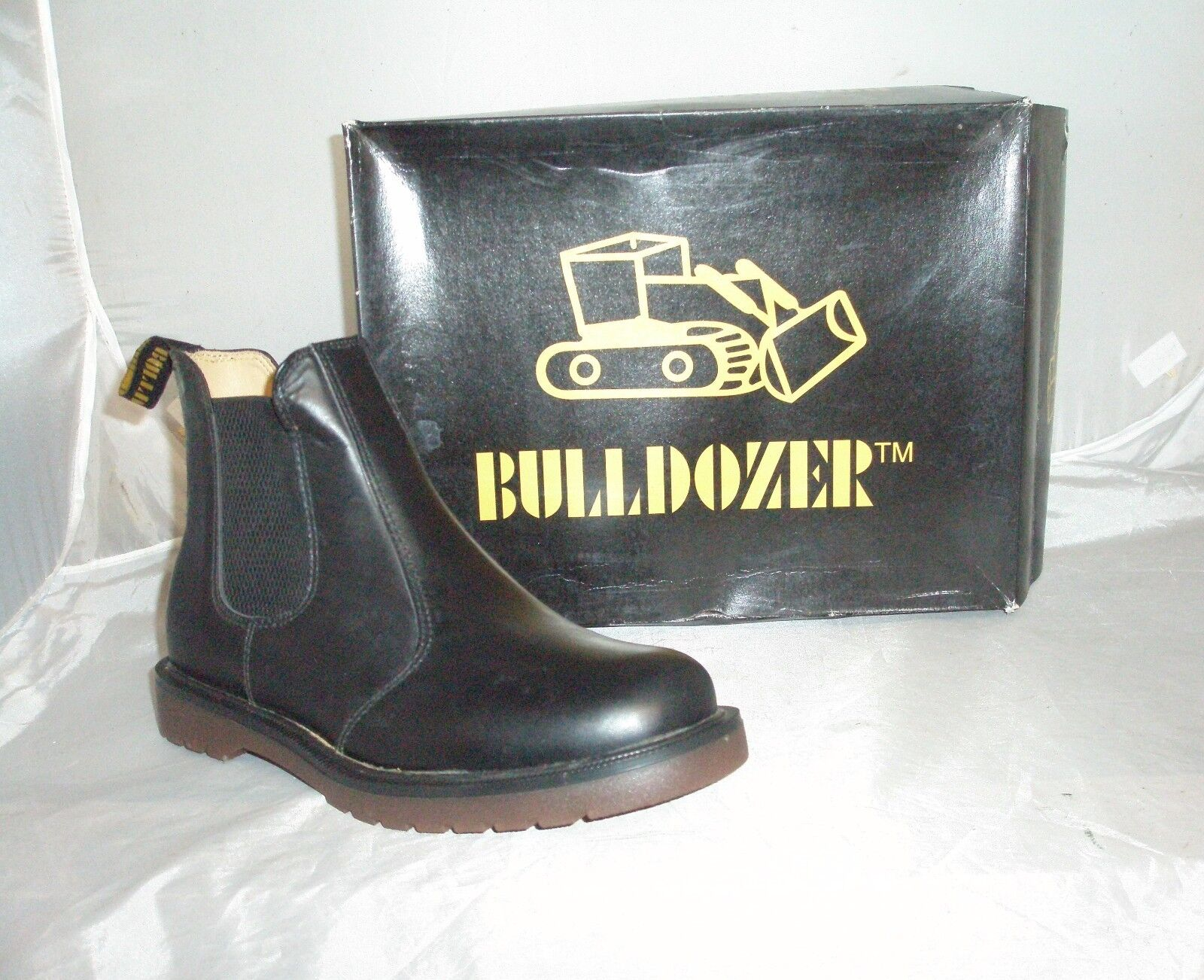 Bulldozer Black Leather Chelsea Boots Size 7