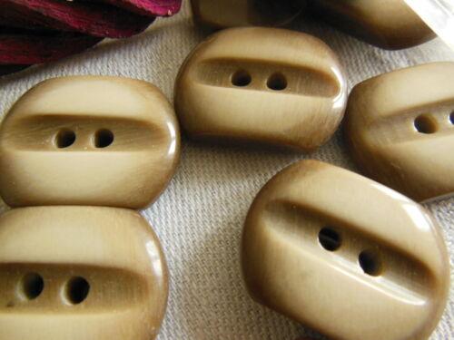 Lot 6  boutons vintage marron créme rectangulaire 1,9 sur 2,5 cm ref 275