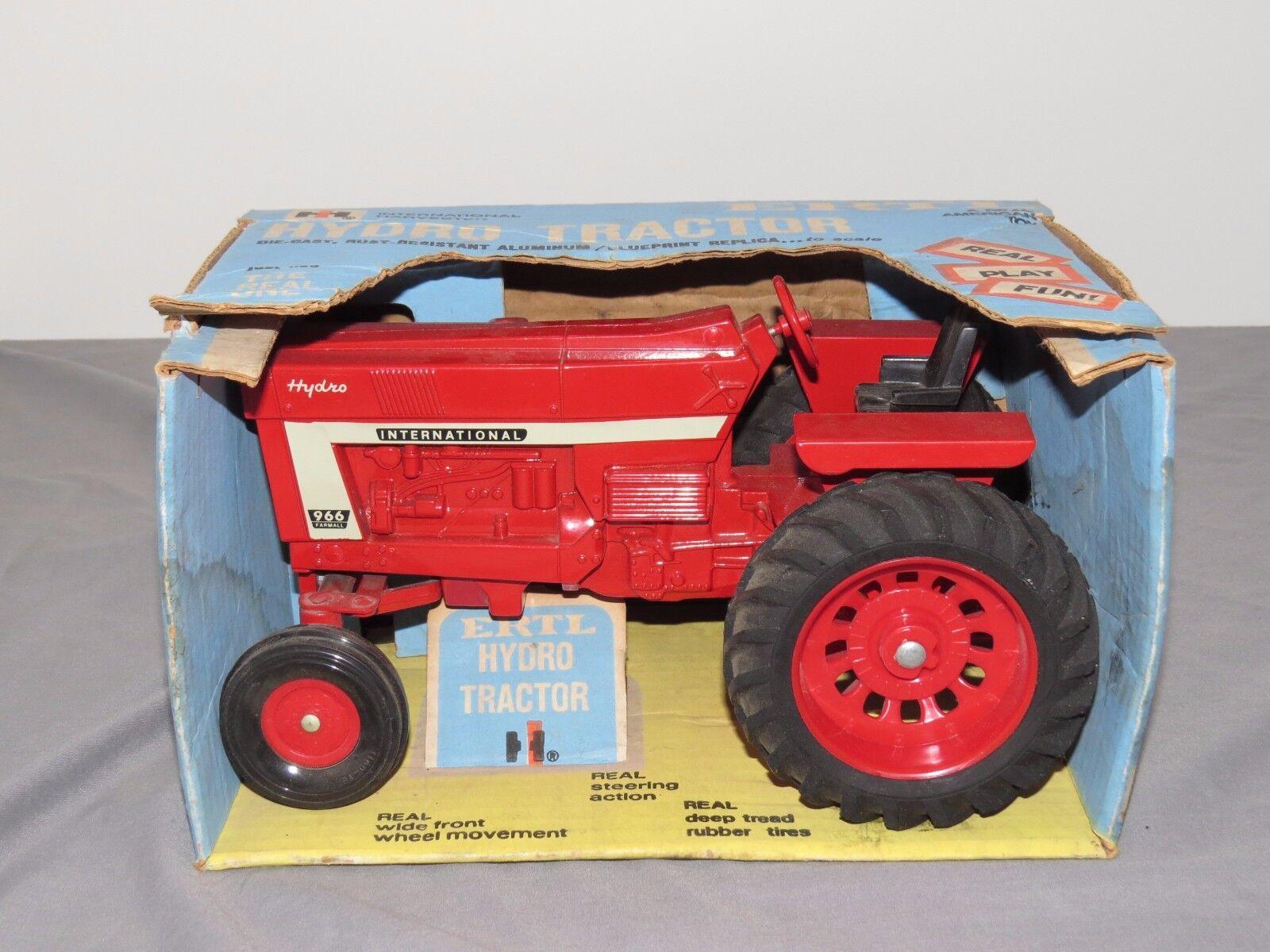 International Harvester 966 Hydro Tractor ERTL 1 16 bluee Box FARMALL IH OLD