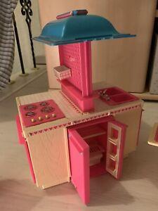 Vintage-Barbie-Dream-Kitchen-Mattel-1984