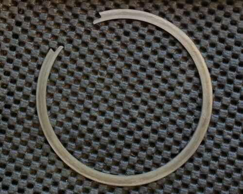 Ford New Holland C5NN7N064A r//b 81804673 Snap Ring OEM NOS