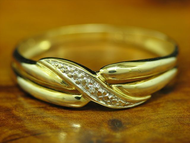 8kt 333 yellowgold Ring mit Diamant Besatz   1,2g   RG57