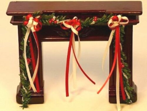 Dollhouse Miniature Christmas Red and White Fireplace Garland