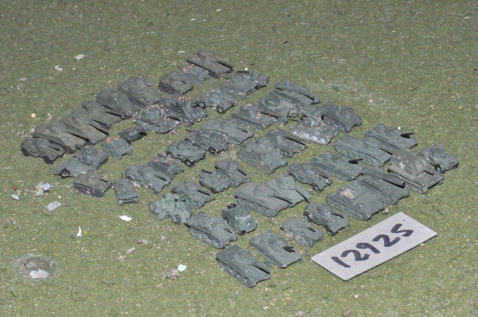 6mm WW2   British - 1 300 scale vehicles 48 vehicles - vehicles (12925)