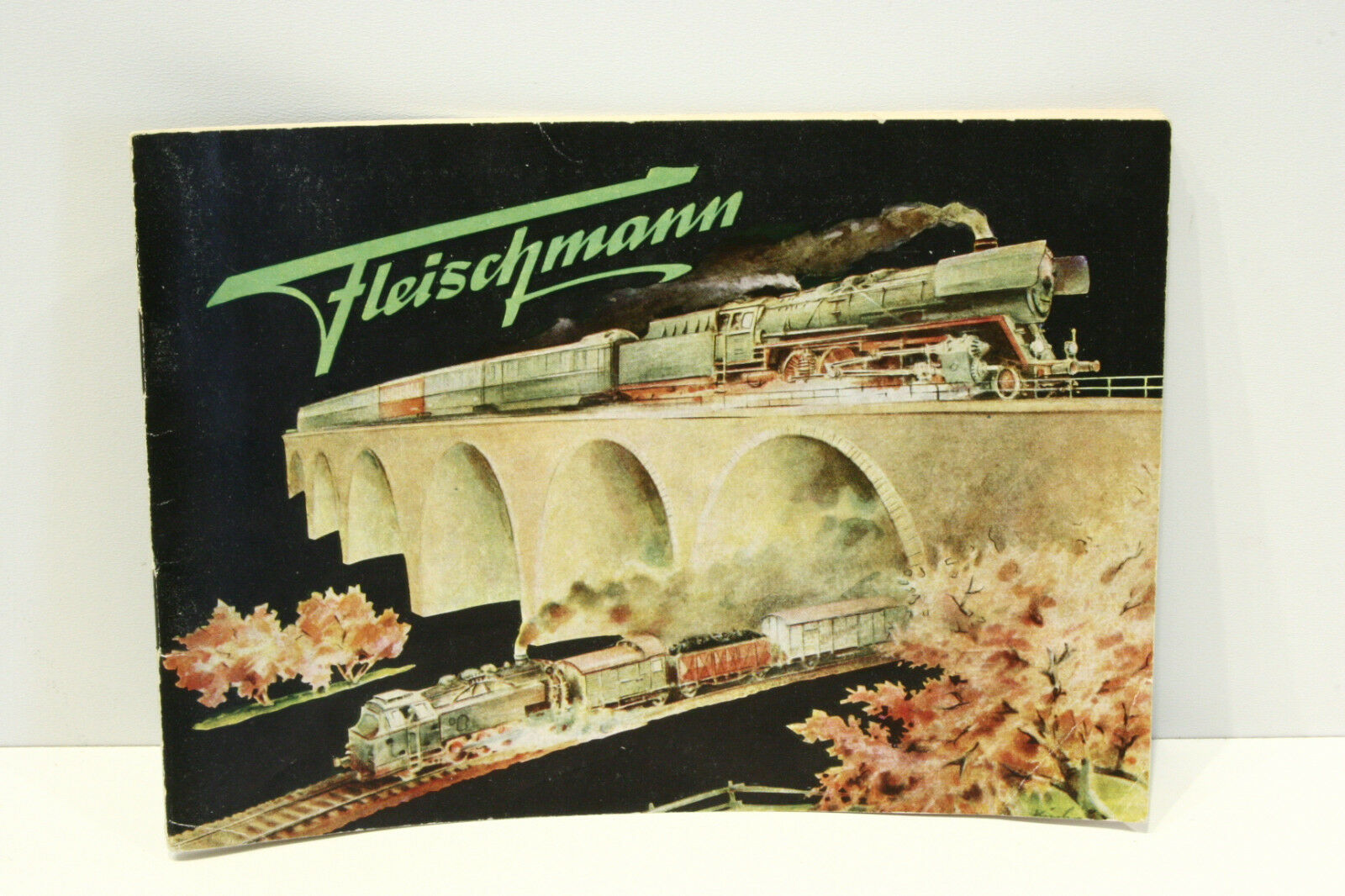 Fleischmann catalogo 1954, molto ben conservato, non forati, non menzioni