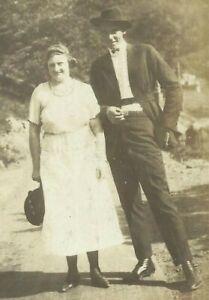 West-Virginia-Husband-Wife-Appalachia-1915-Antique-Photo