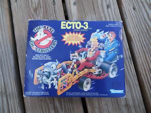 La vraie voiture fantôme Ecto-3 dans sa boîte d'origine: véhicule Kenner de Nrfb