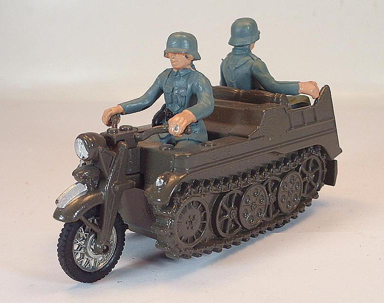 BRITAINS Pignon avec équipage Longueur 10 cm Wehrmacht militaire  5786