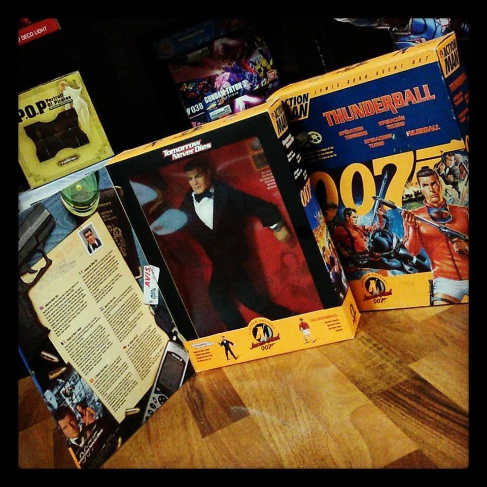 Hasbro - Action Man - James Bond 007 12  Figures  Tuxedo  + Scuba Diving  Ver.