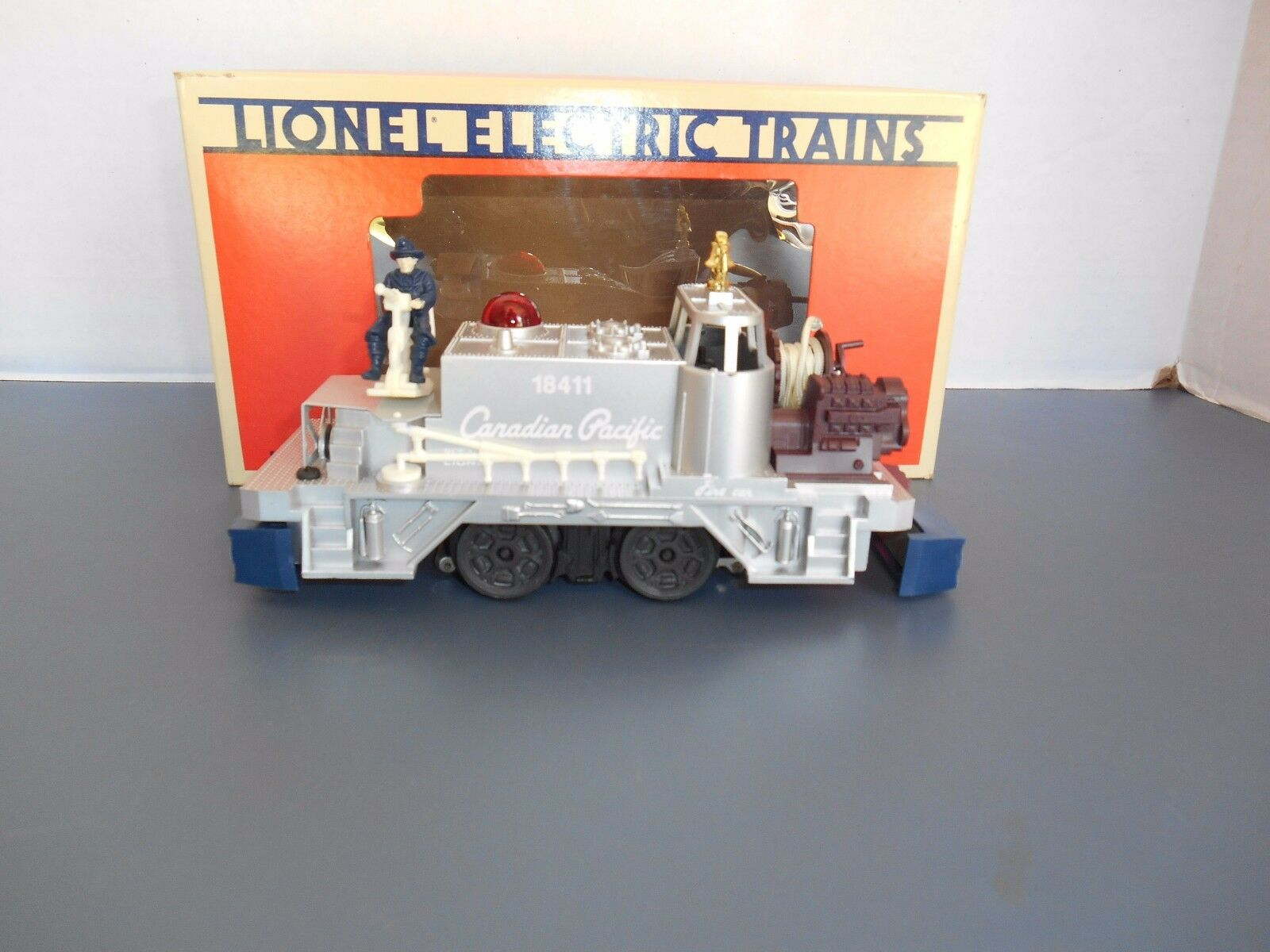 Lionel Canadian Pacific Fire Fighter Car