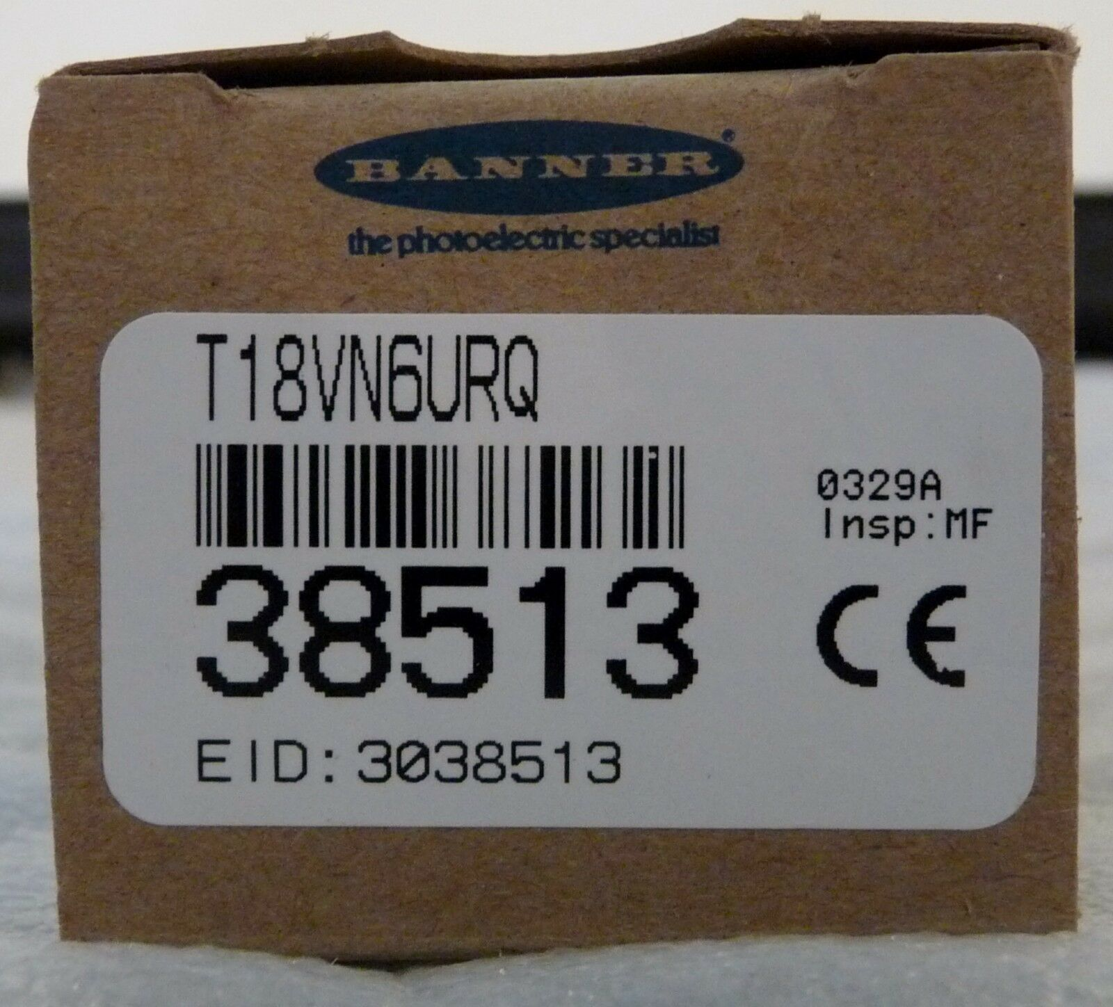 NEW IN BOX BANNER ENGINEERING 38513 T18VN6URQ T18U SERIES RECEIVER 300-600MM