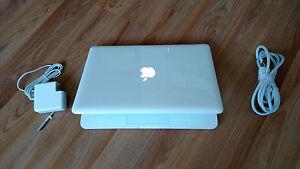 "8gb Ram 250gb Hdd Apple Macbook White 13.3"" Mc516ll/a 2.40 Ghz Os High Sierra"