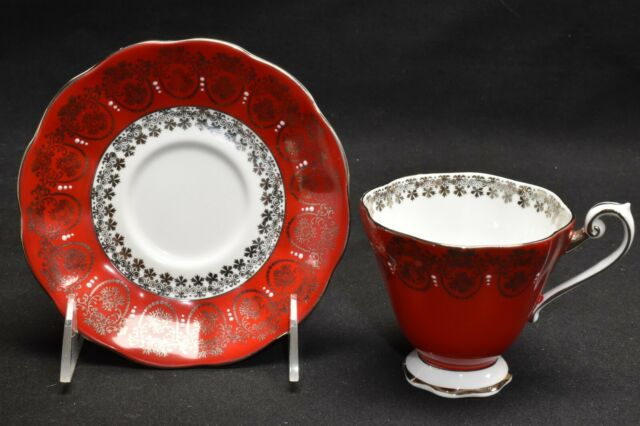 Royal Standard 2672 Red Silver White Cup & Saucer