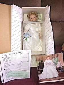 DANBURY-MINT-034-CURLY-TOP-034-SHIRLEY-TEMPLE-DOLL-PORCELAIN-MINT-CONDITION