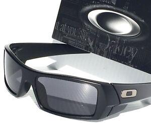 03575d7687b NEW  OAKLEY GASCAN Matte BLACK w Grey lens Sunglass  140 03-473