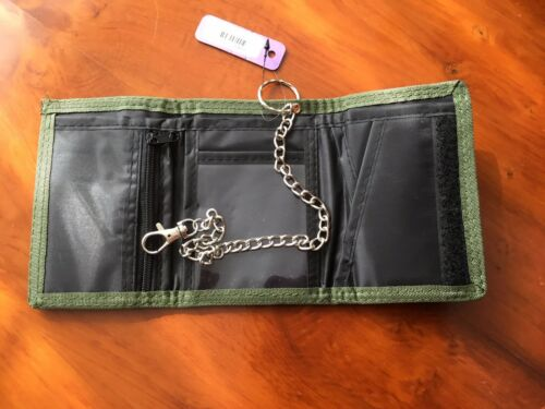 CAMMO  Tri-fold Wallet with Security Chain. NEW Mens Boys Army