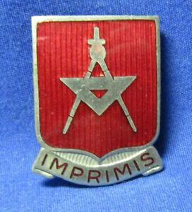 WWII-30th-Engineer-Battalion-Imprimis-DI-Unit-Crest-Pin-by-Robbins-PB