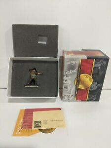 Conte-WWII-004-British-Paratrooper-Its-Only-A-Touch-Of-Laryngitis-Sir-B