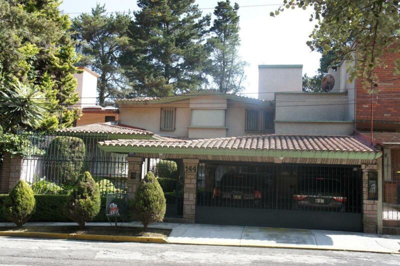 Hermosa Casa en Renta, Club de Golf San Carlos, Metepec