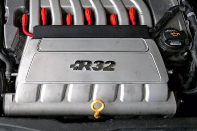 VW Audi R32 Golf IV V TT 3,2l Motor Schutzrohr geschlitzt 30 cm Zündkabel Rot
