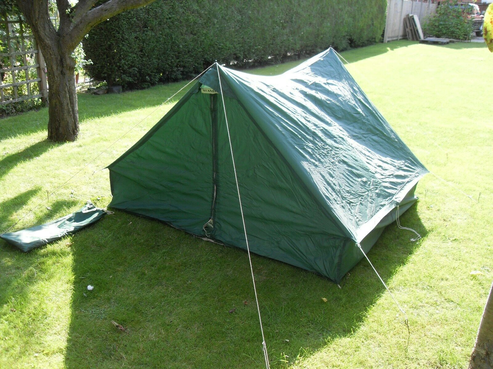 Vintage Made In England Tent Skandia By Cynat Products Light weight Back Packer