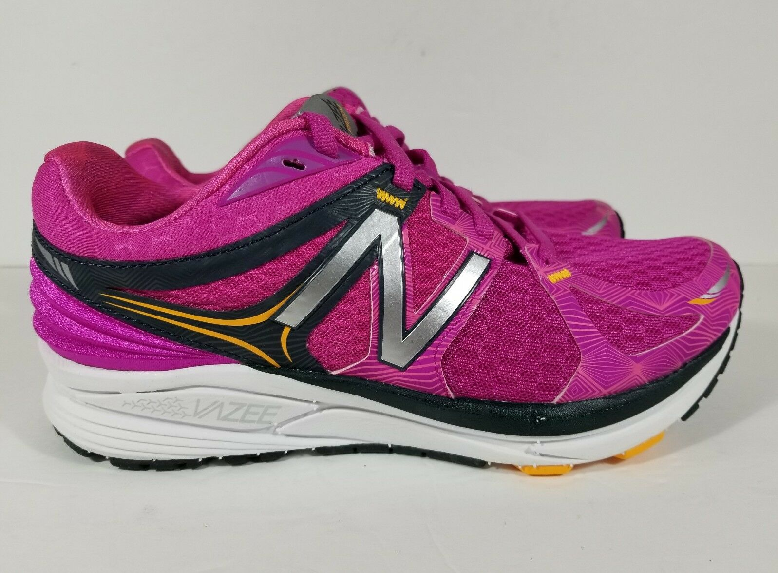 Ladies New Balance WPRSMPB Vazee Prism Pink Mesh Running Shoes Size 6 Wide New