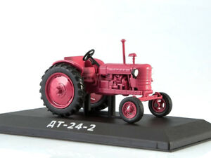 DT-24-2-Tractor-Soviet-Union-Farm-Vehicle-USSR-1955-Year-1-43-Scale-HACHETTE