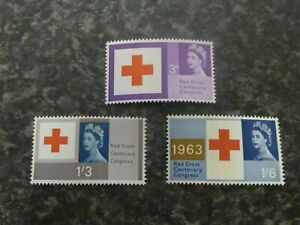 GB POSTAGE STAMPS SG642-644 PHOSPHOR UN MOUNTED MINT