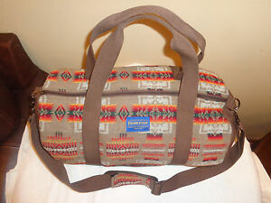 812c00259d EUC Pendleton Mini Journey West Duffel Bag Aztec Wool SOLD OUT  338 ...