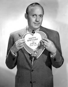 OLD-CBS-RADIO-PHOTO-Radio-Personality-Jack-Benny-He-Celebrates-His-Birthday