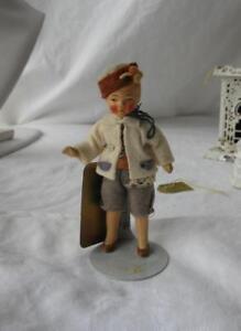 Incontri antiche bambole di porcellana