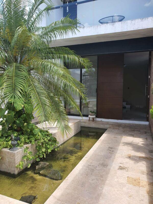Casa remodelada en venta en esquina Fraccionamiento Las Americas
