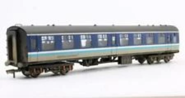 Bachmann 39-056A OO Gauge BR Regional Railways Mk1 TSO Coach (Weathered)