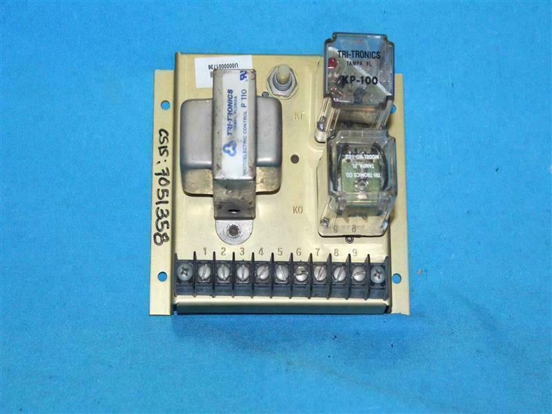 Tritronics P 110 w  K0-102, KP-100 Photoelectric Control