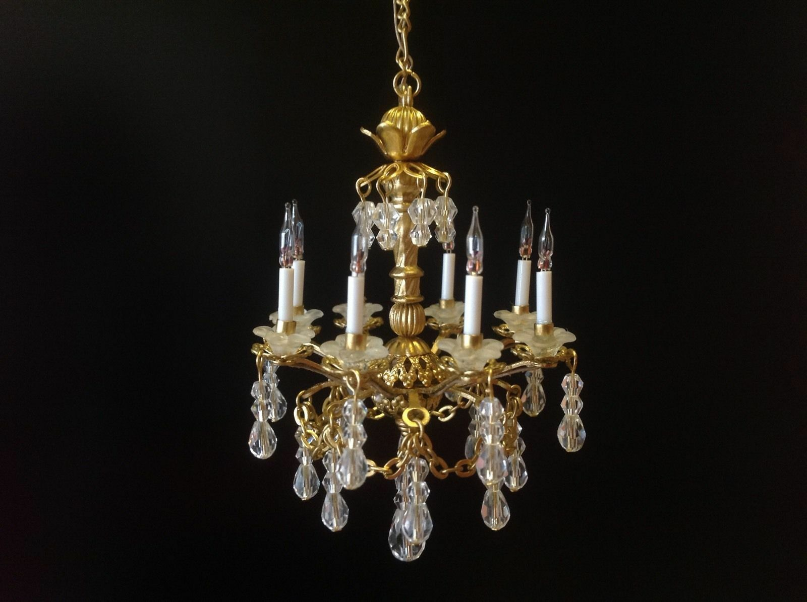 Dollhaus Miniature Handcrafted 8 Arm Crystal Chandelier 12V 1 12 Scale