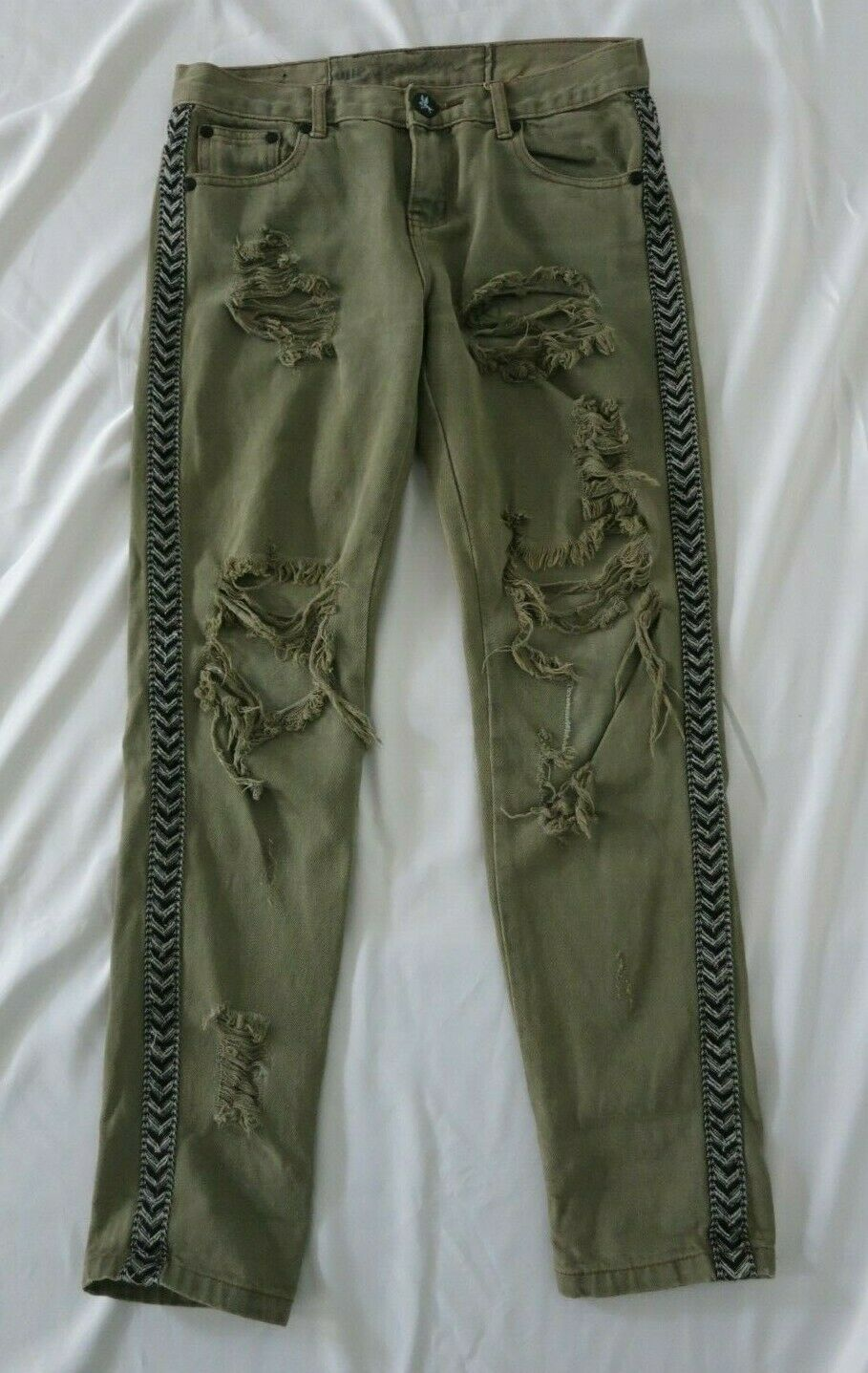 ONE TEASPOON khaki green ripped jeans size 23