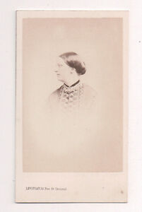 Vintage-CDV-Unidentified-Member-of-Queen-Victoria-039-s-Court-Levitsky-Photo