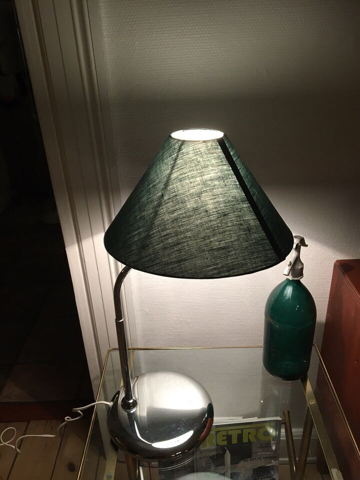 Anden bordlampe, Öia