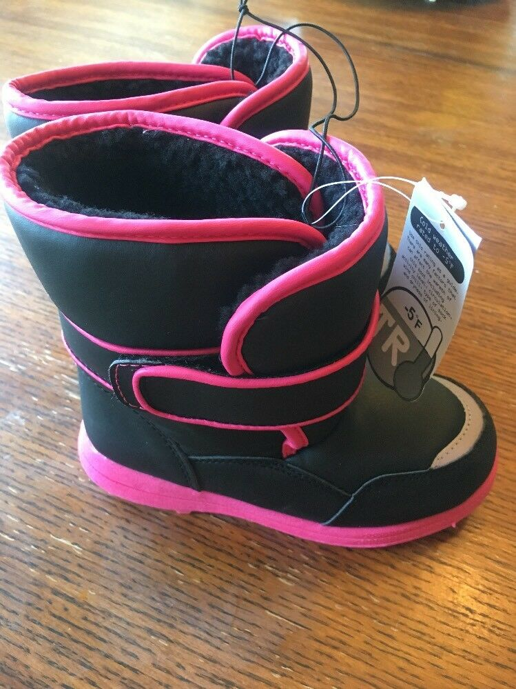 GIRLS WINTER BOOTS SIZE 11. COLOR BLACK PINK TEMP RATED -5. NEW